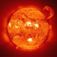 Dampak Badai Matahari Bagi Manusia Dampak Badai Matahari Bagi Manusia