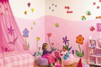 Dekorasi Kamar Anak Perempuan 350x232 Tips Dekorasi Kamar Tidur Anak Perempuan