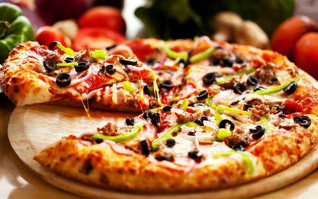 Resep Membuat Pizza Rumahan yang Lezat dan Menyehatkan Resep Membuat Pizza Rumahan yang Lezat dan Menyehatkan